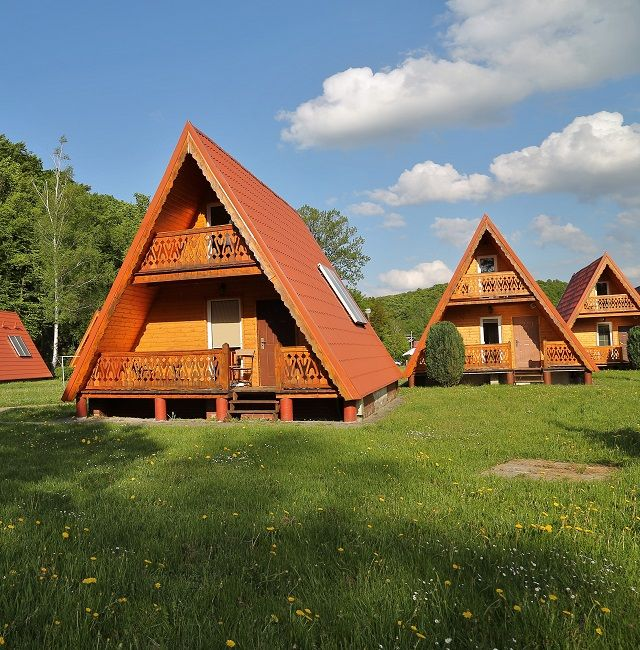 Ośrodek Chrobry Pokrzywna - pokoje, wesela, komunia, wczasy w górach